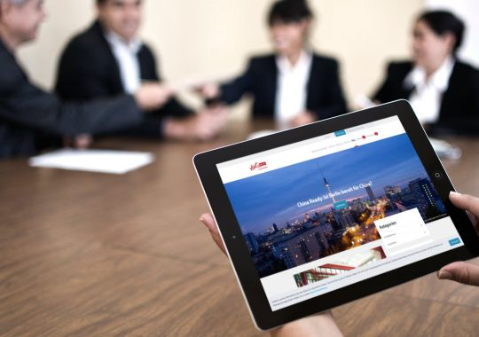 Tablet mit Meetings-Blog
