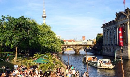 downloads all about visitberlin the official marketing company for berlin. Black Bedroom Furniture Sets. Home Design Ideas