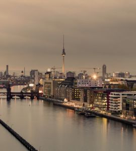 Foto: Berlin-Panorama mit Spree